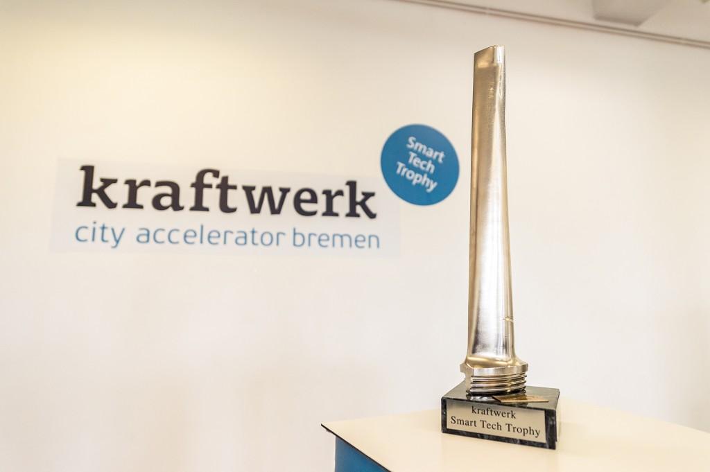 Smart-Tech-Trophy
