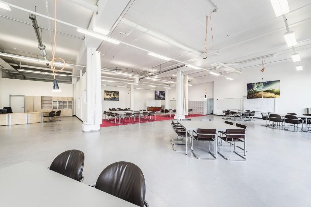 Im Herzen von Bremen gelegenen kraftwerk-Coworking- Space profitieren die Startups von der Unterstützung durch Tutoren und dem gemeinsamen kreativen Potenzial der verschiedenen teilnehmenden Teams.